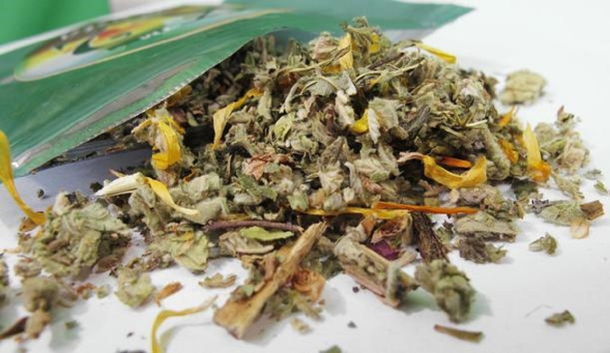 marijuana synthesis More than 100 people, three of whom died, have been sickened by a recent outbreak of tainted synthetic marijuana in illinois, according to state health officials.